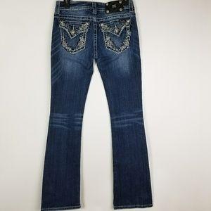 Miss Me jeans Signature Boot 28x31 Sparkly Design